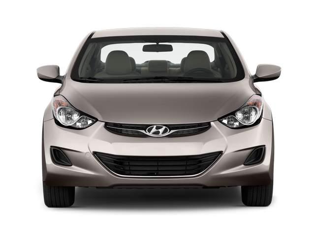 Hyundai Elantra pre faceliftهیوندای الانترا فیس قدیم 2011-2016