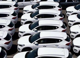 انبار شدن خودروهای هیوندای در آمریکا